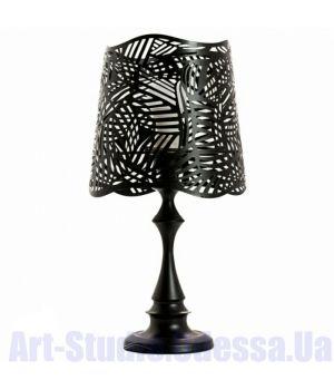 Настольная лампа черного цвета с перфорацией на абажуре SL - ZD012TB