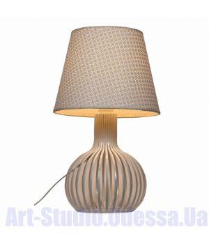 Настольная лампа с белым абажуром и фигурной ножкой SL - ZD013TW